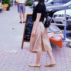 Zara circle midi skirt (tan)